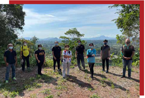 Research team explores potential tourist spots in Bau